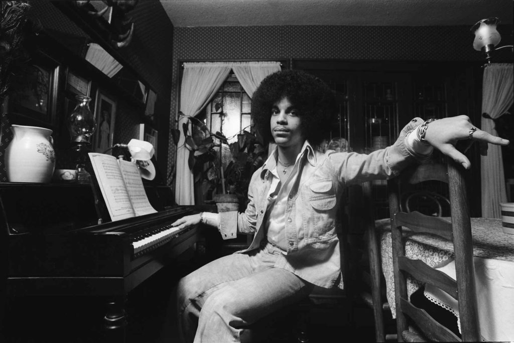 Prince at Owen Husney's House / Photo by Robert Whitman